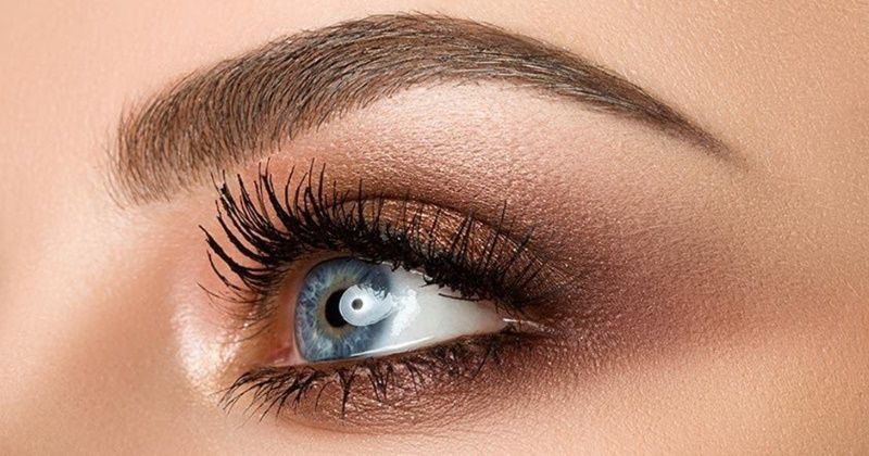 Makeup that makes your eyes pop